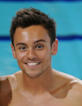 Tom Daley eases to National Cup victory in Southend
