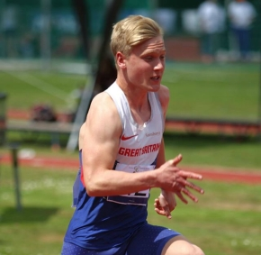 City of Plymouth sprinter Arnott continues his impressive season