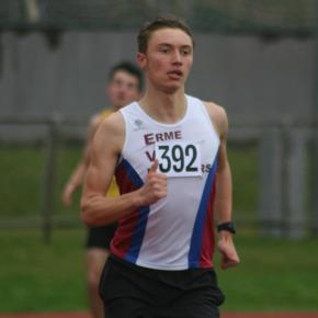 ATHLETICS ROUND-UP: Brown triumphs in BMC 800m at Exeter, plus PBs galore at Devon OpenMeet