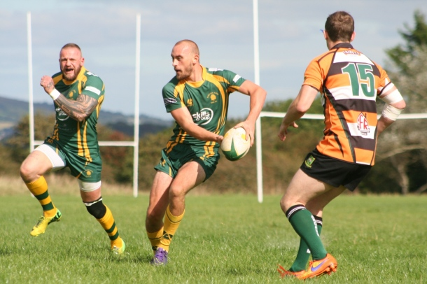 Plymstock Albion Oaks on the attack against Argaum in Cornwall/Devon League