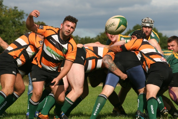 Plymouth Argaum get the ball away against Oaks