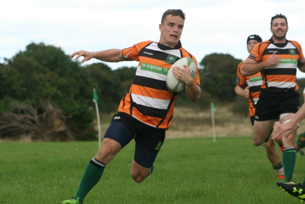 Argaum go over for a try against Plymstock Albion Oaks in Cornwall/Devon