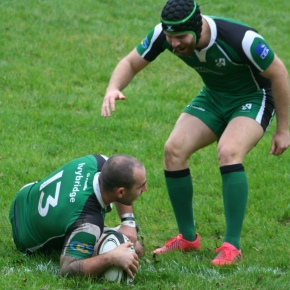 RUGBY ROUND-UP: Paterson marks his 100th appearance with a try as Ivybridge win