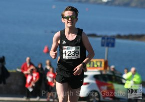 It's third time lucky for Watling in Armada Winter 3k Series