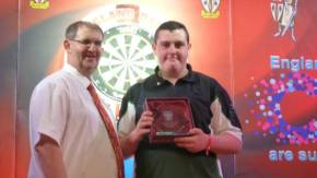 Teenage city darts star Kay wins his first national title