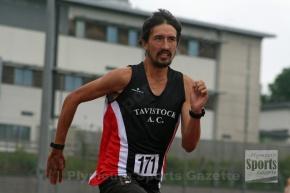 Tavistock athlete Holland breaks records doing 10 marathons in 10 day inItaly