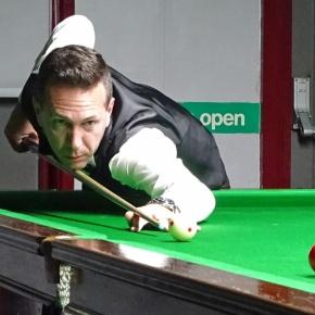 World Billiards president and former professional Chapman makes Saltashvisit