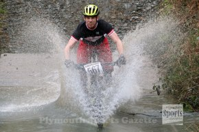 GALLERY: Long separates Guernsey riders at second Soggy Bottom Series at NewnhamPark