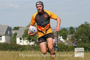 GALLERY: Saltash Essayons turn on the style in their first home match