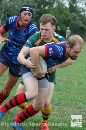 Devonport Services overcome Oaks in competitive pre-season match at Horsham Fields