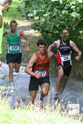 GALLERY: Neale and Lake claim Armada Autumn Trailtitles