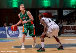 Plymouth Raiders' good run ended by NewcastleEagles