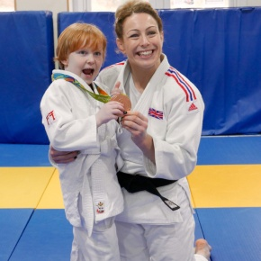 Rio Olympic medallist Conway inspires members on visit to judoclub