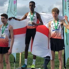 Smart wins individual bronze and team gold on his debut for England in Dublin