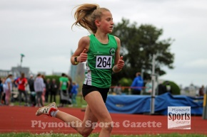 Northcott and Hutchings break 800m records at Cornwall CountyChampionships