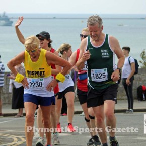 GALLERY: Merson storms to half marathon victory inPlymouth