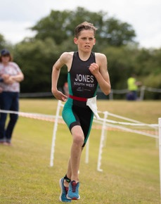 Jones siblings set for South West honours after impressing at Bowood House Triathlon