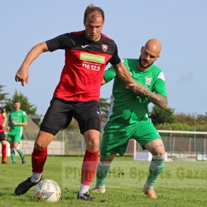 GALLERY: Pictures of Plymstock United v LakesideAthletic